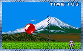 In game image of Pang on the Atari ST.