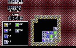 In game image of Puzznic on the Atari ST.