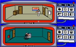 In game image of Spy vs. Spy on the Atari ST.