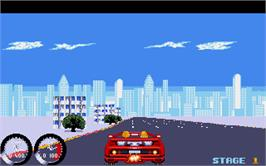In game image of Turbo Out Run on the Atari ST.