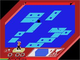 In game image of Rock n' Bolt on the Coleco Vision.