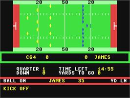 In game image of American Football on the Commodore 64.