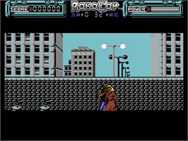 In game image of Blaze Out on the Commodore 64.