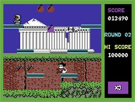 In game image of Bomb Jack on the Commodore 64.