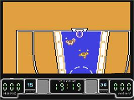 In game image of Drazen Petrovic Basket on the Commodore 64.