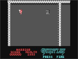 In game image of Gauntlet on the Commodore 64.