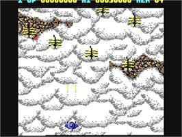 In game image of Gemini Wing on the Commodore 64.