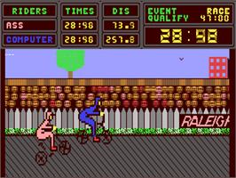 In game image of Hyper Biker on the Commodore 64.