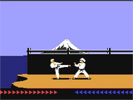 In game image of Karateka on the Commodore 64.