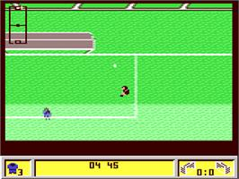 In game image of Kick Off 2 on the Commodore 64.