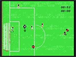 In game image of Manchester United on the Commodore 64.