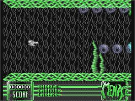 In game image of Menace on the Commodore 64.