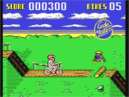 In game image of Motocross on the Commodore 64.