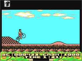 In game image of Mountain Bike Racer on the Commodore 64.