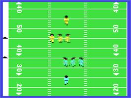 In game image of On Field Football on the Commodore 64.