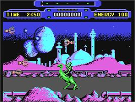 In game image of Rimrunner on the Commodore 64.