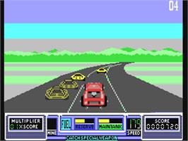 In game image of RoadBlasters on the Commodore 64.