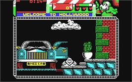 In game image of Seymour Goes to Hollywood on the Commodore 64.