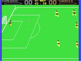 In game image of SuperStar Soccer on the Commodore 64.