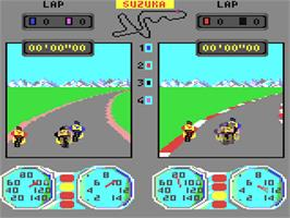 In game image of Superbike Challenge on the Commodore 64.
