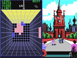 In game image of Welltris on the Commodore 64.