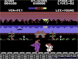 In game image of Yie Ar Kung-Fu 2: The Emperor Yie-Gah on the Commodore 64.