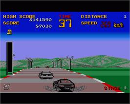 In game image of Chase H.Q. on the Commodore Amiga.
