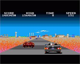 In game image of Crazy Cars on the Commodore Amiga.