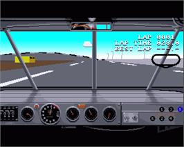 In game image of Days of Thunder on the Commodore Amiga.