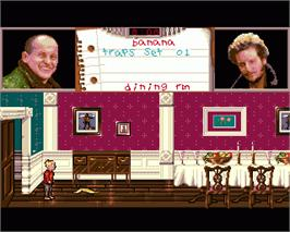 In game image of Home Alone on the Commodore Amiga.