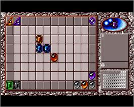 In game image of Ishido: The Way of Stones on the Commodore Amiga.