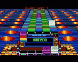 In game image of Klax on the Commodore Amiga.