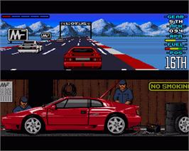 In game image of Lotus Esprit Turbo Challenge on the Commodore Amiga.
