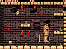 In game image of Mighty Bombjack on the Commodore Amiga.