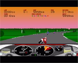 In game image of RVF Honda on the Commodore Amiga.