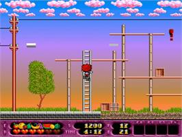 In game image of Rolling Ronny on the Commodore Amiga.