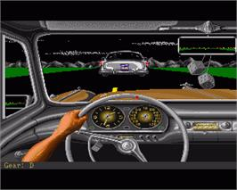 In game image of Street Rod 2: The Next Generation on the Commodore Amiga.