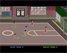 In game image of Street Sports Basketball on the Commodore Amiga.
