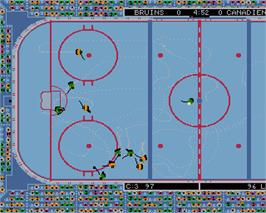 In game image of Wayne Gretzky Hockey on the Commodore Amiga.