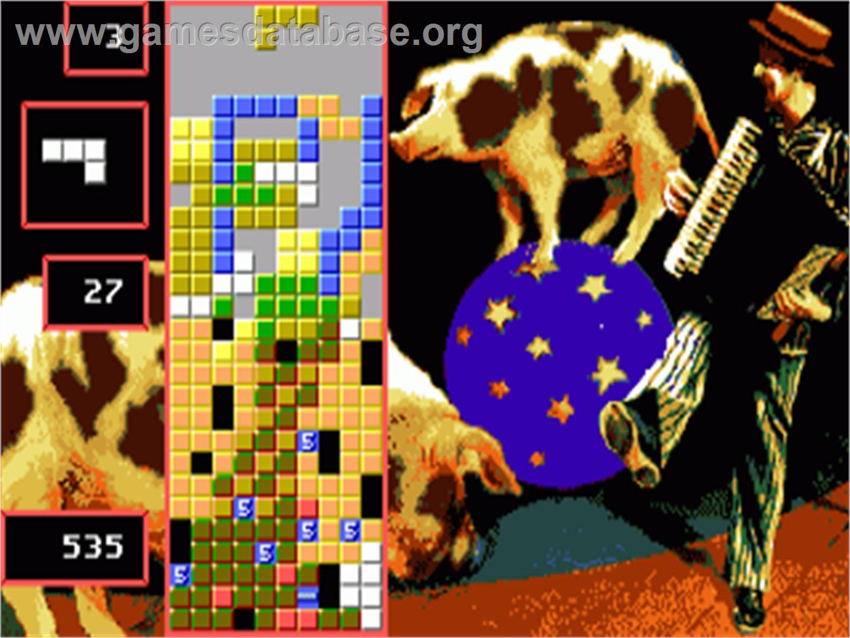 In game image of Super Tetris on the Commodore Amiga.