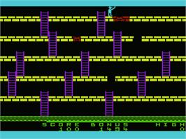 In game image of Apple Panic on the Commodore VIC-20.