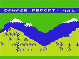 In game image of Artillery Duel on the Commodore VIC-20.