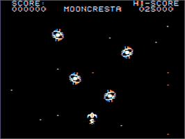 In game image of Moon Cresta on the Dragon 32-64.