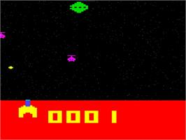 In game image of Super Invaders on the Interton VC 4000.
