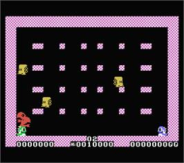 In game image of Bubble Bobble on the MSX.