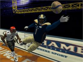 In game image of Arena Football on the Microsoft Xbox.