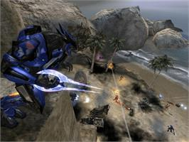 In game image of Halo 2 on the Microsoft Xbox.
