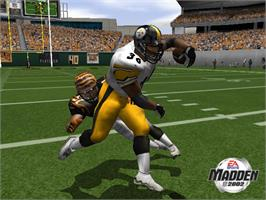 In game image of Madden NFL 2002 on the Microsoft Xbox.