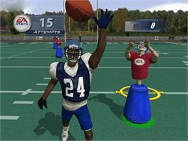 In game image of Madden NFL 2003 on the Microsoft Xbox.