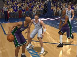 In game image of NBA 2K2 on the Microsoft Xbox.